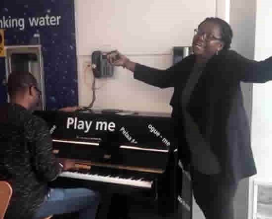 Video: Ace Ankomah, Helen Yawson entertain stranded BA passengers at Heathrow Airport