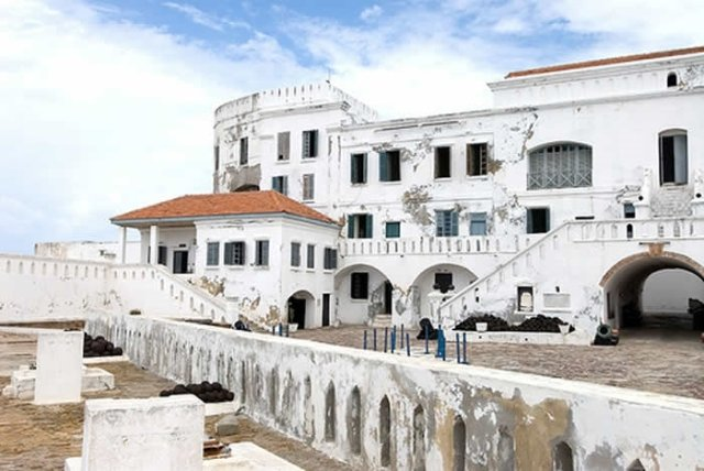 What if Cape Coast was without a castle: self portrait of a town that has gone 'bonkers'?