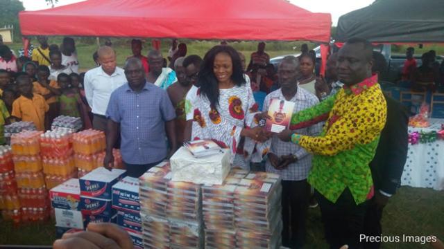 Diana Asamoah calls for unity among musicians