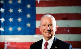 News Break: Former US presidential candidate and Texan billionaire Ross Perot passes on at age 89