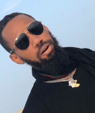 Phyno shuts down Enugu for Hi-life fest semi-final