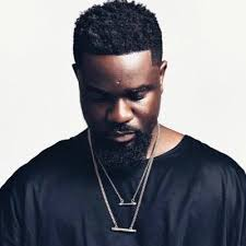"Sarkodie leads ""SarkNatives"" in a health walk."