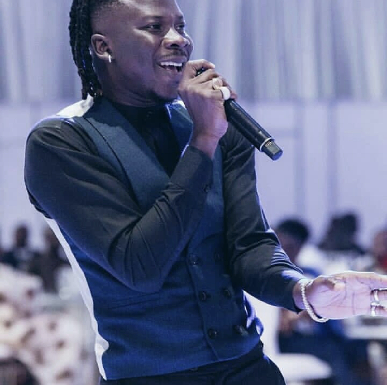 Stonebwoy Hits The Nail Right On The Head !!!