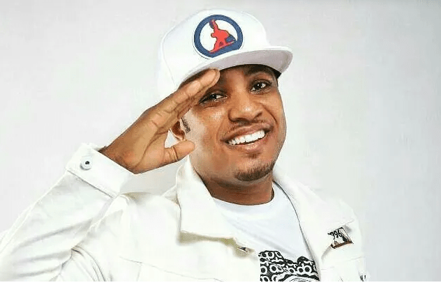 DJ Sly K's Exclusive Interview With D-Cryme On Max 102.7 FM's Comfort Zone Entertainment In The Night.